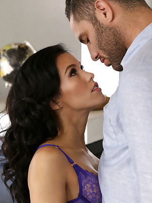 Megan Rain is always horny as hell when she wakes up in the morning, a fact that Damon Dice is happy to help her take care of. She pulls out all the stops urging him to undress from his work clothes and rejoin her in bed, from writhing in her bra and thon