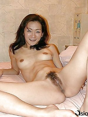 Amazing hot asian takes a big dildo