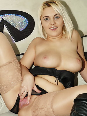 Hardcore anal sex is what this blond babe loves even more than fast rides and today she will get both of these things, plus a hefty cumload in her mouth!
